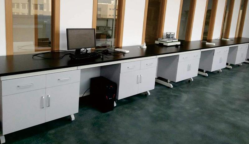 3钢木实验台(U型拉手).jpg